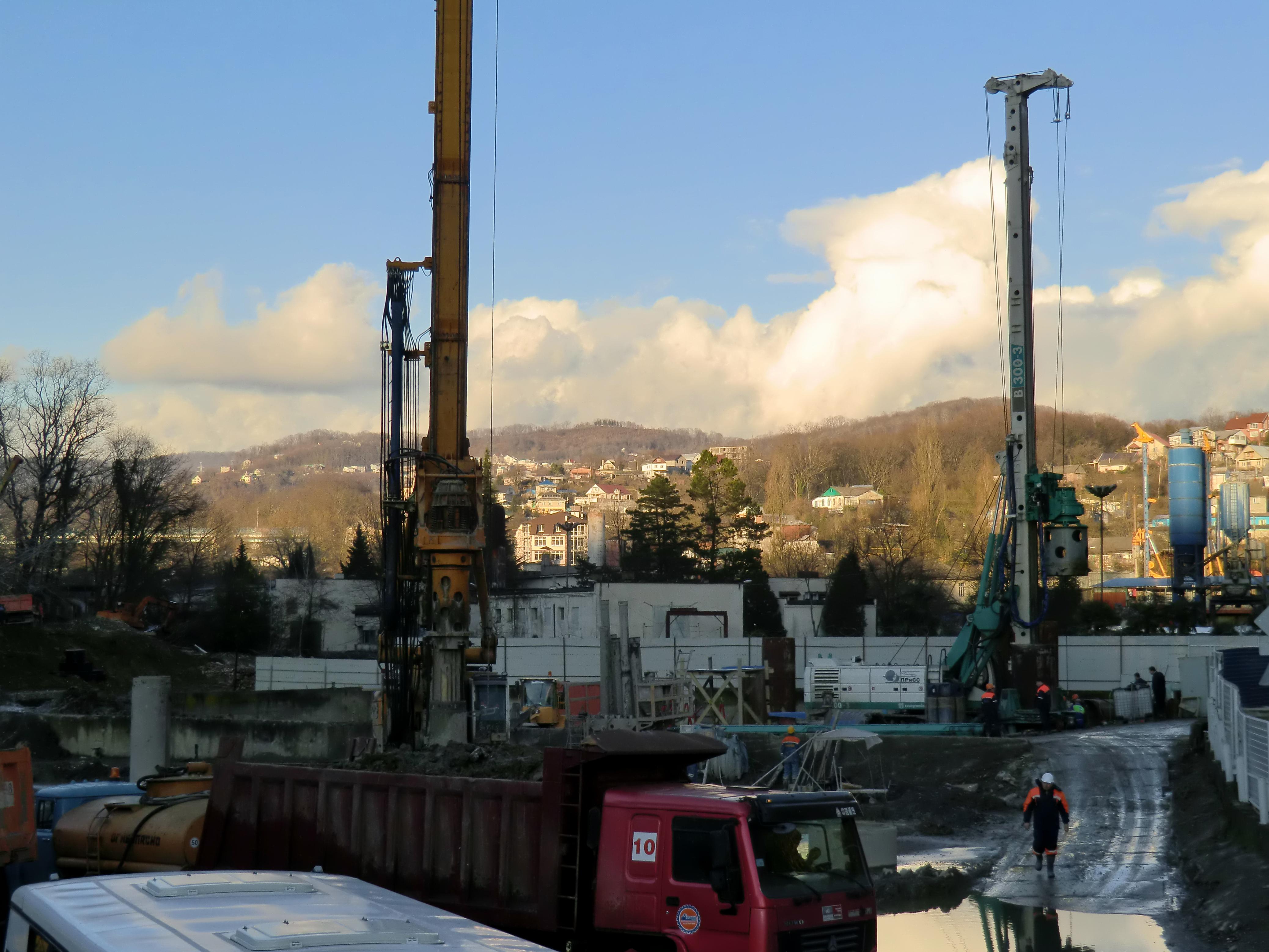 Строительство канализационного коллектора от канализационной насосной станции 36 до ОСК «Бзугу»