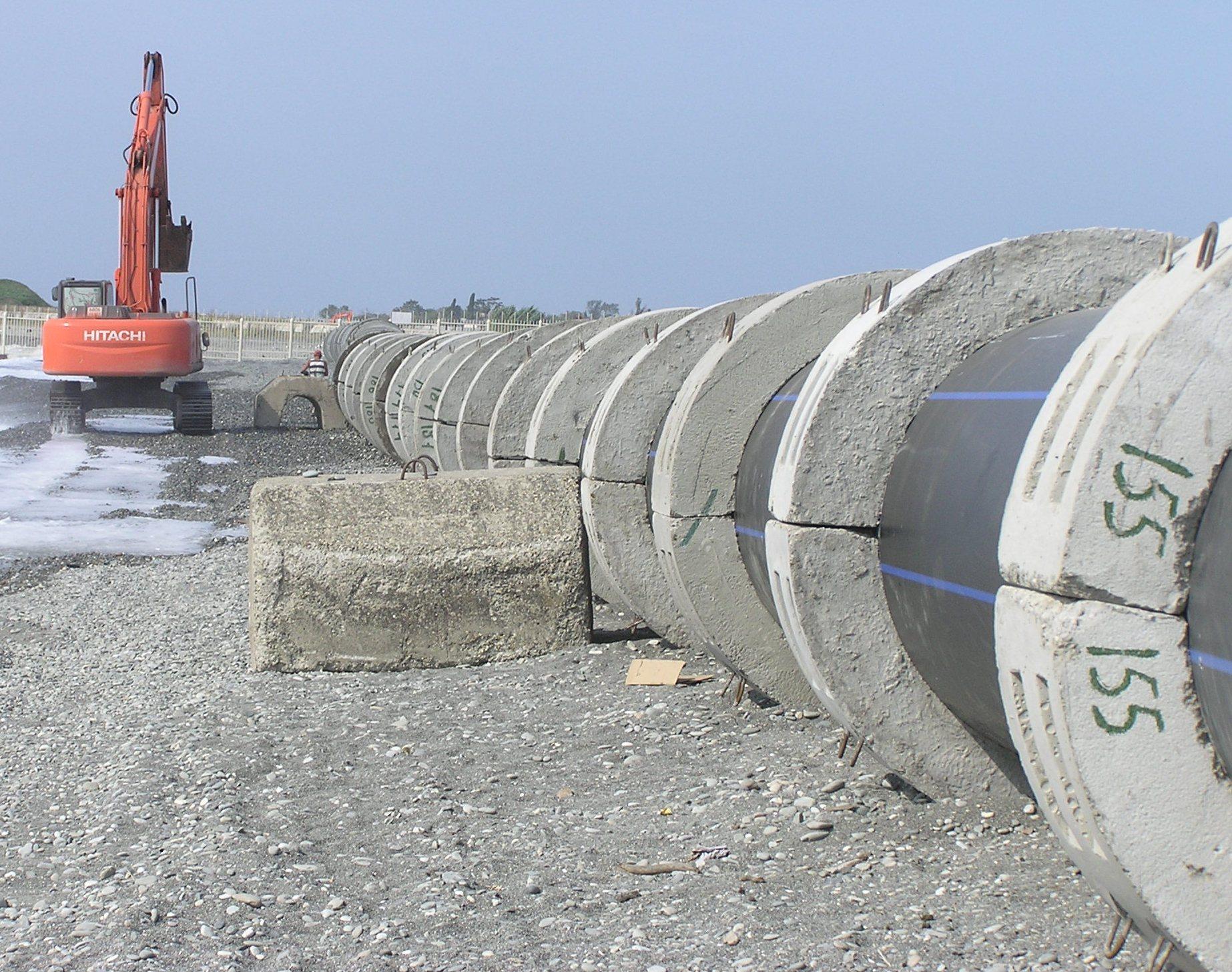 """Строительство глубоководного выпуска очистных сооружений канализации """"Бзугу"""""""